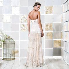 Gio Rodrigues Ornella Wedding Dress mermaid style wedding dress embroidered lace bandeau heart-shaped satin seamless waist engaged inspiration unique gorgeous elegant bride