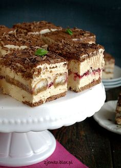 Chałwowiec - without baking Sweet Recipes, Cake Recipes, Dessert Recipes, Sweets Cake, Cupcake Cakes, Hungarian Desserts, Tiramisu Cake, Specialty Foods, Polish Recipes