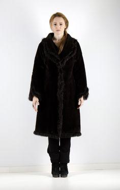 fur coats for woman Fur Coats, Coats For Women, Parka, Jackets, Closet, Collection, Style, Fashion, Coats
