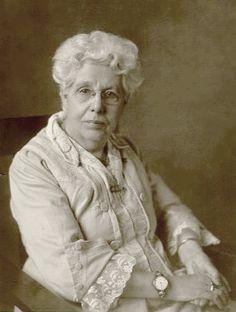Annie Besant in Sydney, Australia, 1922