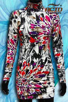 Водолазка очень удобная и практичная вещь. Ее можно носить, как с джинсами, так и без, как платье. Длина до середины бедра. Удобный крой и современный дизайн водолазки поможет оказаться в центре внимания в любом месте. Необходимая вещь для вашего гардероба.  Водолазка ACIDWEAR превосходный выбор!  http://www.acidwear.ru/index.php?id=598