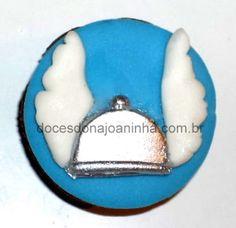 Cupcakes decorados Vingadores: elmo alado do Thor