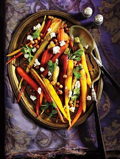 Colourful veggies for the kids: Marrakech-Style Roasted Root Veggies #Thanksgiving