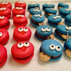 Cookie Monster & Elmo Macarons
