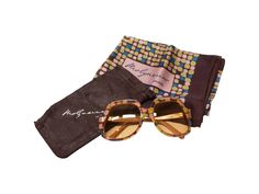 Molyneux Oversized 70s Vintage Sunglasses and Scarf - 70s desinger eyewear in new old stock condition - pinned by pin4etsy.com