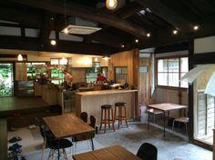 築100年以上の古民家を改修して 出来た店内「コミカフェななほし」