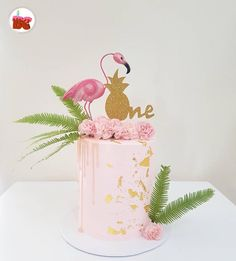 "139 Likes, 2 Comments - BRISBANE CAKES (@brisbanecakes) on Instagram: ""First birthday, Flamingo cake! pretty & pink @thecakecollectivebne Don't forget to mention us…"""