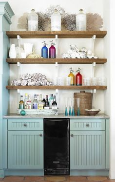 House of Turquoise: Carter Kay Interiors | kitchen & butler's pantry | beverage station