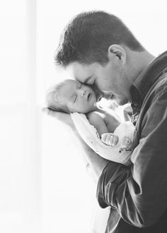 Newborn photography with dad  © Stephanie Rose Photography