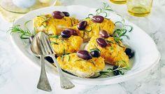 Rosmariini-persikkabroileri Meals, Chicken, Baking, Breakfast, Food, Morning Coffee, Meal, Bakken, Backen