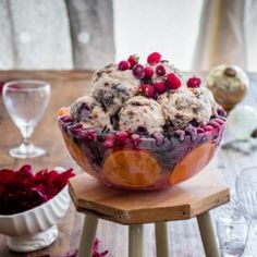 Christmas Pudding Ice Cream (in a cool Christmas ice bowl) - Nadia Lim Christmas Desserts, Christmas Treats, Christmas Pudding Ice Cream, Easy Desserts, Dessert Recipes, Ice Bowl, Fruit Cobbler, Thing 1, Desert Recipes