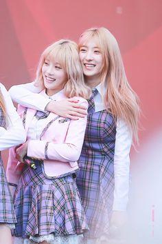 Luda & Eunseo