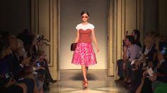 Chicca Lualdi - 2015 İlkbahar / Yaz Bayan Giyim Koleksiyonu - Chicca Lualdi - 2015 ilkbahar / yaz renkli ve etnik desenler ile size sunmaktadır