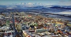Videá zachytávajúce krásy Slovenska vždy potešia. V tomto prípade sa rozhodol istý východniar natočiť Spišskú Novú Ves pomocou dronu. Nerátal však s tým, že príroda sa mu to rozhodne prekaziť. Avšak fascinujúcim spôsobom.
