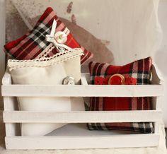 cuscinetti di stoffa imbottiti e profumati