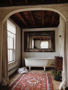 forestbound ₪ home deco interior salle de bain bathroom Decor, House Design, Interior, Country Bathroom, Home, Shabby Chic Bathroom, House Interior, Beautiful Bathrooms, Bathroom Inspiration