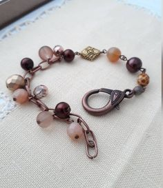 Vintage Bracelet, Beaded Bracelets, Etsy Shop, Trending Outfits, Brown, Unique Jewelry, Handmade Gifts, Check, Shopping