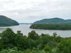 View of the Hudson River from the West Point Academy :) Beautiful! United States Military Academy, East Coast Travel, Freedom Trail, New York City Photos, Paul Revere, Westchester County, College Campus, Hudson River, Places Ive Been