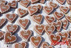 Svatební perníkové jmenovky červené - balené / Zboží prodejce Zdenik8 | Fler.cz Cookies, Desserts, Tatoo, Crack Crackers, Tailgate Desserts, Deserts, Biscuits, Postres, Cookie Recipes
