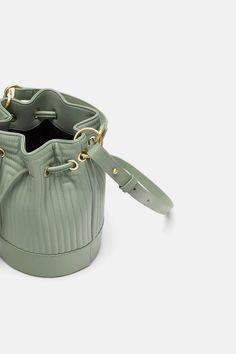 ebbd6da1a0 9 Best List of Buckets images