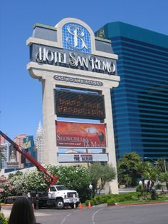 San Remo sign - June 2005.  This hotel is now Hooters.