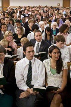 Wie sieht ein Gottesdienst der Mormonen aus? - http://wirsindmormonen.de/2015/09/21/wie-sieht-ein-gottesdienst-der-mormonen-aus/