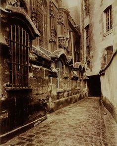 St Gervais, Paris ~ Eugène Atget 1903