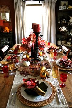 Table setting ideas. #thanksgiving #rattanchargers