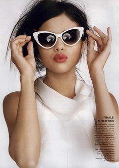 Peg : elles sont pour toi ces lunettes papillon ! en espérant qu'elles plaisent à Gautier !