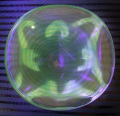 """GORGEOUS 5 5/8"""" MURANO Glass BOWL Slight IRIDESCENCE Uranium GLOWS in BLACKLIGHT"""