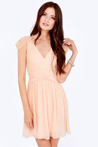 Gwen Chiffon-i Pleated Peach Dress @ LULUS.COM