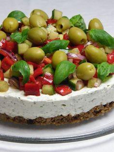 Veikeä Verso: Vegen suolainen juustokakku Cheesecake, Food And Drink, Appetizers, Vegan, Desserts, Recipes, Tailgate Desserts, Deserts, Cheesecakes