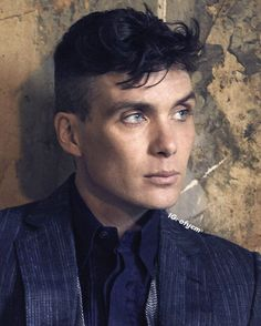 Cillian Murphy not much for looks but an amazing actor. So it increases the sexy factor (Goodie Goodie People) Peaky Blinders Tommy Shelby, Peaky Blinders Thomas, Cillian Murphy Peaky Blinders, Dapper Gentleman, Raining Men, Celebs, Celebrities, Gorgeous Men, Pretty Boys
