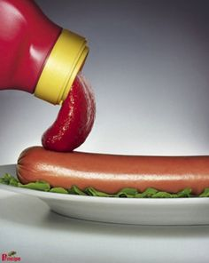 The perfect Lick Ketchup Hotdog Animated GIF for your conversation. Discover and Share the best GIFs on Tenor. Creative Advertising, Print Advertising, Print Ads, Ads Creative, Advertising Campaign, Web Banner, Banners, Food Pictures, Funny Pictures