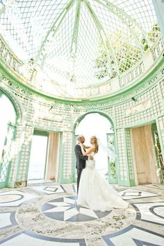 Jay & Ashley's elopement at the Vizcaya Museum is amazing! From a sunset beach ceremony to stunning portraits at the Vizcaya, this is a must-see. Florida Wedding Venues, Affordable Wedding Venues, Best Wedding Venues, Wedding Locations, Luxury Wedding, Dream Wedding, Wedding Sparklers, Elope Wedding, Destination Wedding