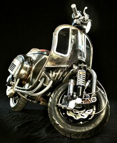 Espresso Racer smallframe Vespa ~ Return of the Cafe Racers