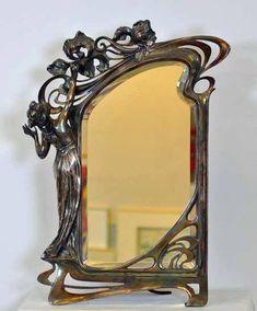 Art Nouveau - Miroir - Non daté et non signé
