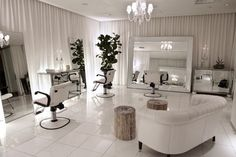 Heads Up: Check Out The Primo L.A. Salons That Are On Our Radar #Refinery29