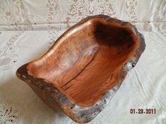 Love wooden bowls like this.