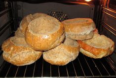 Chleba naszego: Chleb do żurku. Hot Dog, Muffin, Bread, Breakfast, Food, Morning Coffee, Brot, Essen, Muffins