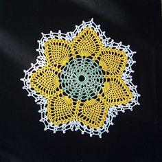 Vintage Pineapple Doily, crochet pattern free on Ravelry.
