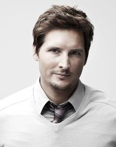 Peter Facinelli (or pretty much any of the Twilight guys)