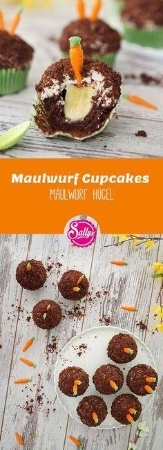 Saftige und schokoladige Muffins mit einer Bananenfüllung und einer Stracciatella-Quark-Creme.