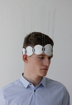Christian Hoedl, Unconventional Armour, 2014, headdress, cotton, stainless steel, ribbon, 406.4 x 304.8 x 76.2 mm, photo: artist (Austria/Germany)