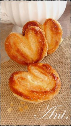 Ani Kitchen: puff Palmeritas step, Brilliantly easy and delicious Mexican Sweet Breads, Mexican Bread, Mexican Food Recipes, Sweet Recipes, Argentine Recipes, Chilean Recipes, Baking Recipes, Cookie Recipes, Dessert Recipes