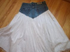 Vintage 1980's Denim and Lace Cotton Lined Skirt by susiewoozie