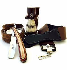 Wooden Straight Razor Shaving Set for a classic shaving experience. Straight Razor Shaving Kit, Shaving Razor, Wet Shaving, Men's Shaving Kits, Shaving Brush, Beard Grooming Kits, Shaving & Grooming, Men's Grooming, Shaving Gift Set