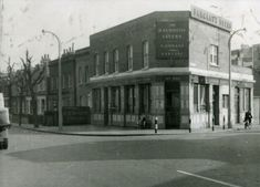 The Raymouth Tavern at the junction of Raymouth Road and Southwark Park Road. London History, Local History, Family History, London Pubs, Old London, London Pictures, Old Pictures, Bermondsey London, South London