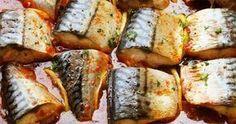 Salvează această rețetă pentru când se mănâncă pește, e delicioasă - Macrou cu lămâie în sos de roșii la cuptor