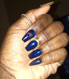 Bling Nails, Ash, Nail Designs, Nail Art, Beauty, Gray, Nail Desings, Nail Arts, Beauty Illustration